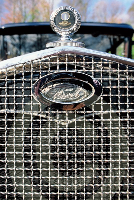 Old Ford Grille